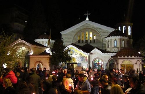 Lichtprocessie Grieks Pasen