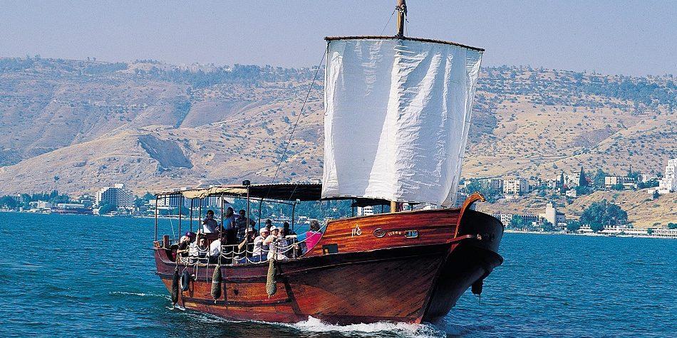 boottocht in een Jesus Boot in Meer van Tiberias
